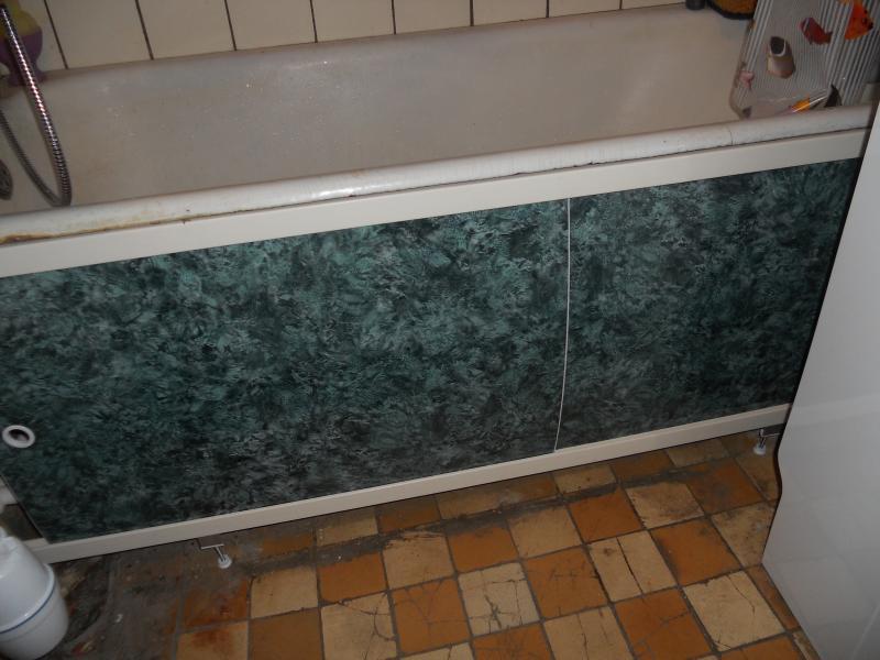 Как сделать экран под ванну из плитки?