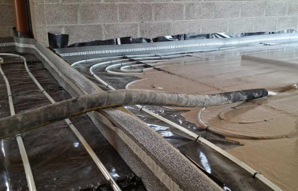 Этапы устройства теплого пола на бетонном основании