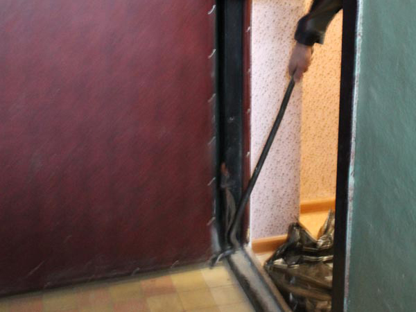 Технология утепления китайской металлической двери своими руками