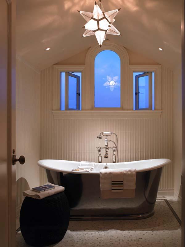 Как рационально разместить светильники в ванной с учетом трех уровней освещения