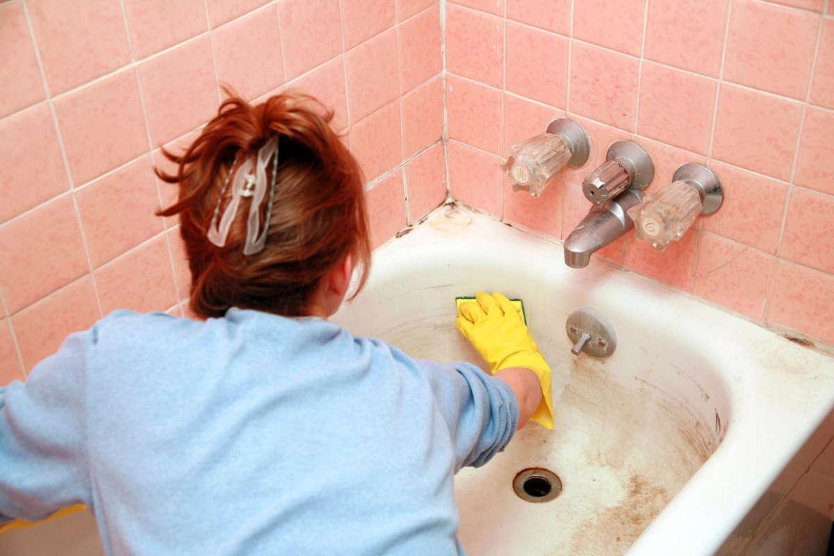 Как почистить ванну в домашних условиях от желтизны, плесени, ржавчины
