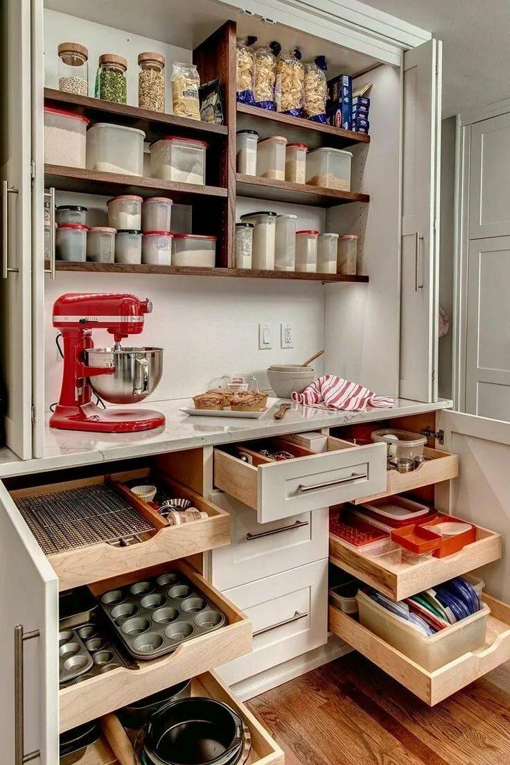 Не надо так! 5 способов сделать кухню теснее  