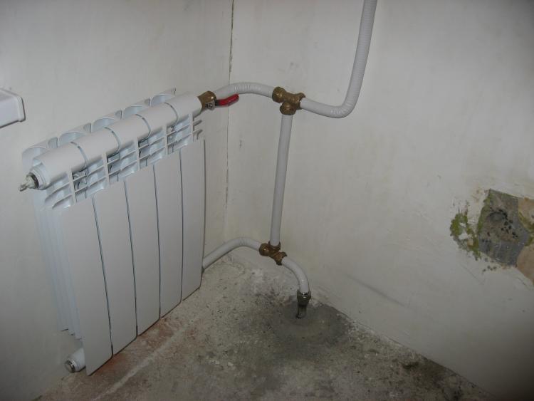 Крепление металлопластиковых труб к стене - трубы и сантехника