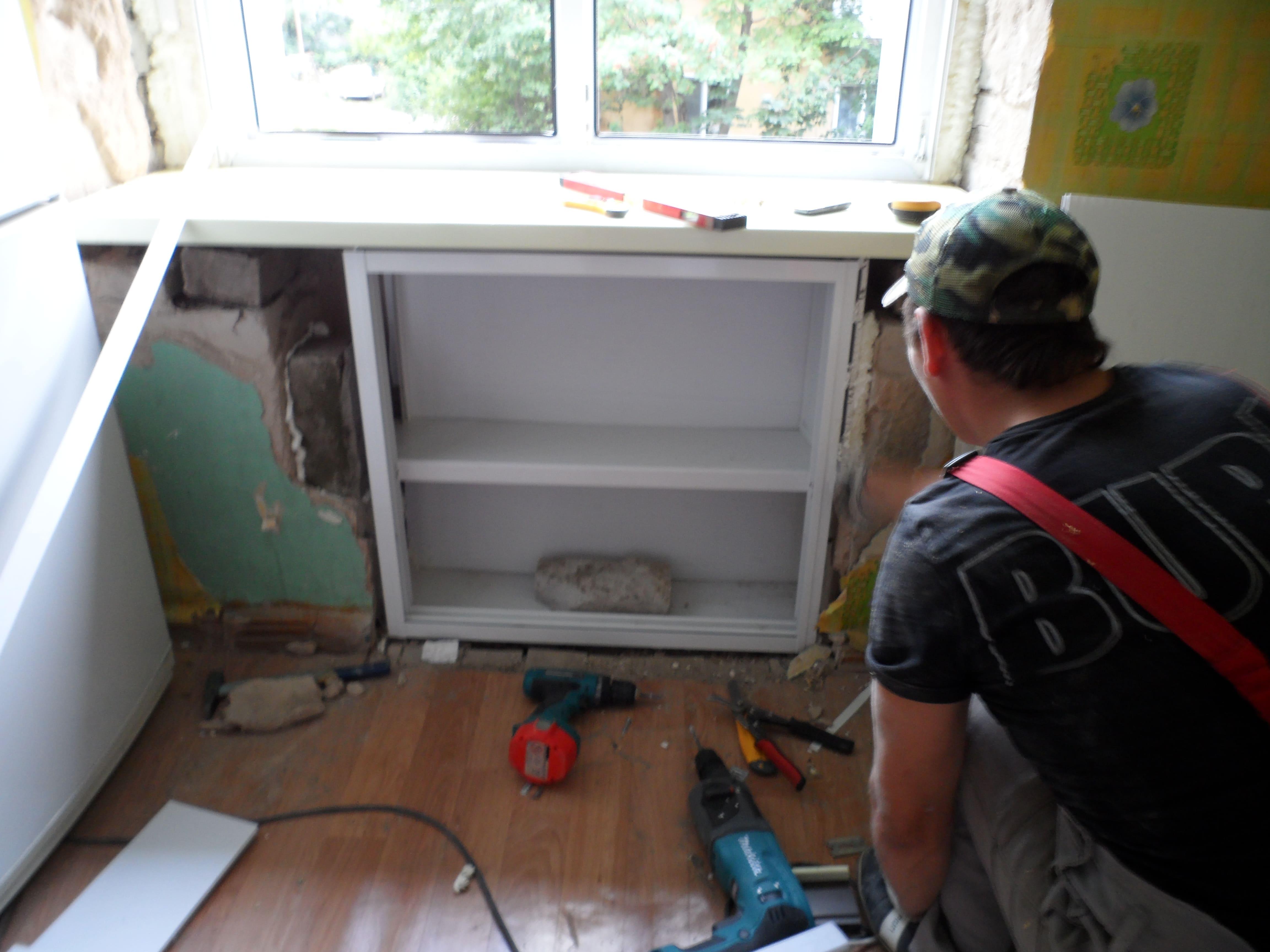 Холодильник под окном. хрущевский холодильник. как сделать холодильник под окном.