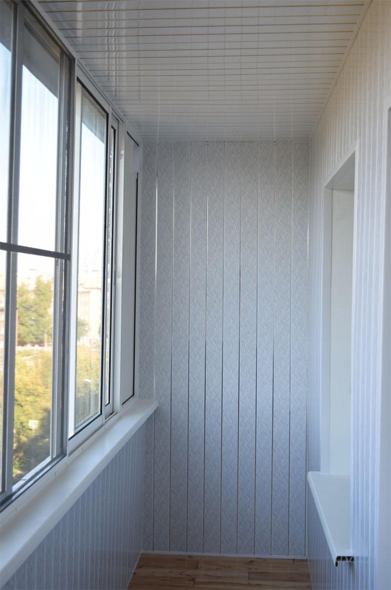 Обшивка балкона пластиковыми панелями пвх: отделка лоджии внутри и какая лучше