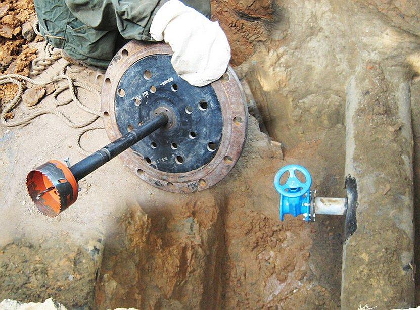 Делаем своими руками врезку в водопровод под давлением