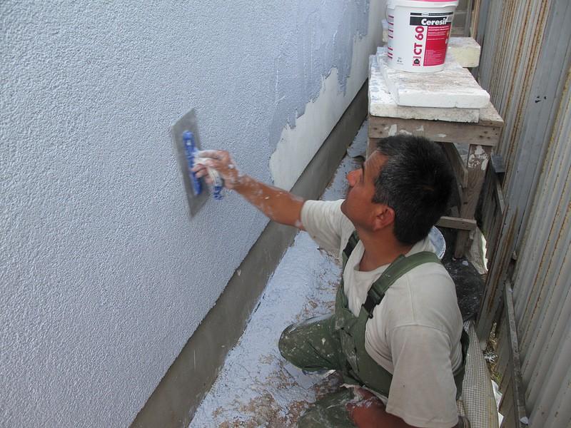 Отличное решение для утепления стен: штукатурка фасада по пенопласту