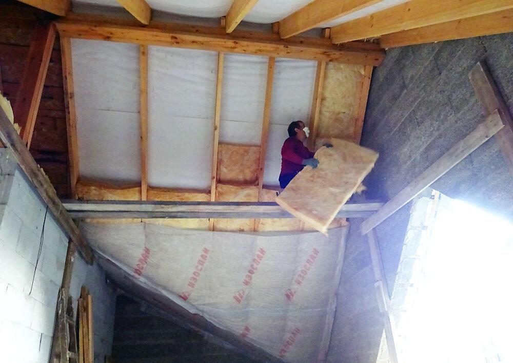 Остекление балконов с крышей, застеклить балкон с крышей на последнем этаже, сделать крышу