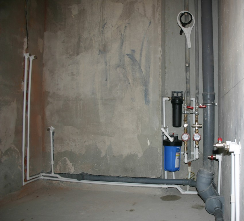 Водопровод в квартире своими руками: схемы, разводка, монтаж