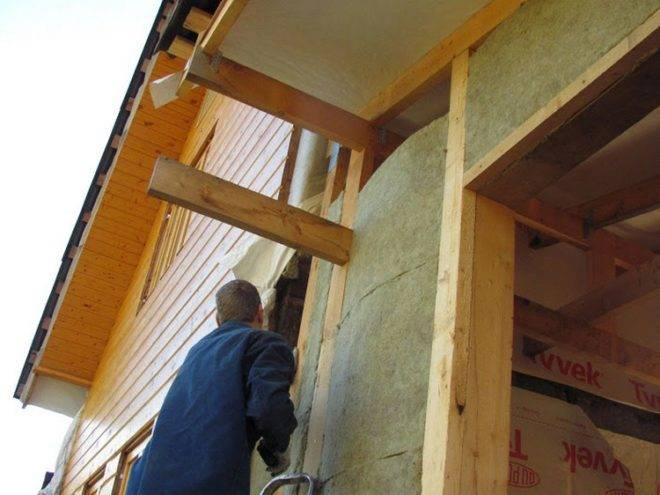 Утепление веранды изнутри своими руками для зимнего проживания в деревянном доме – обзор материалов и пошаговые схемы