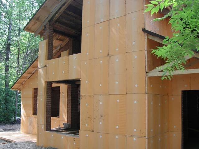 Утепление стен снаружи пеноплексом: технология выполнения работ, правильная обшивка