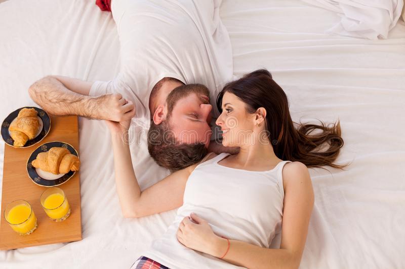 Семейные приметы и поверья сохраняющие брак