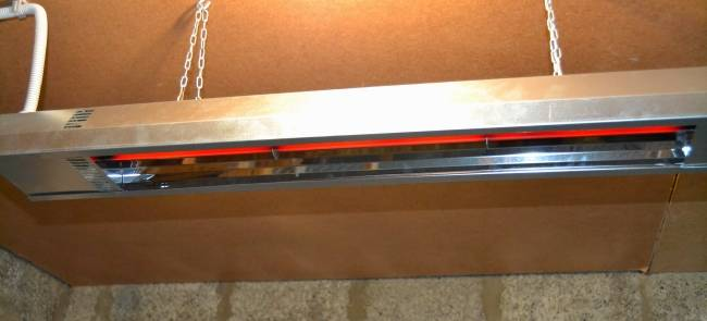 Виды инфракрасного обогревателя для курятника: назначение и особенности приборов