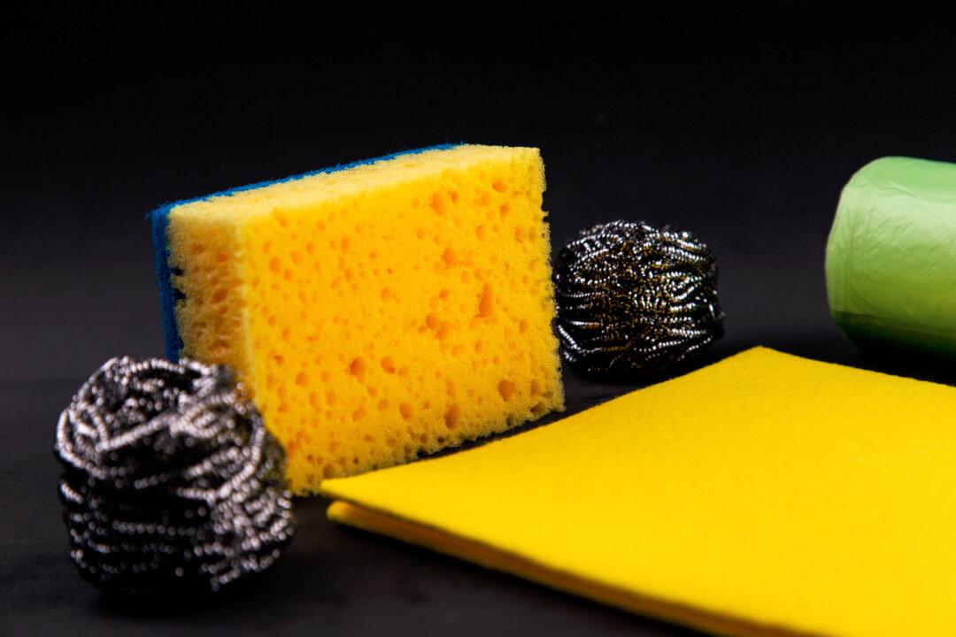 Апгрейд губки для мытья посуды: 12 полезных приспособлений для уборки