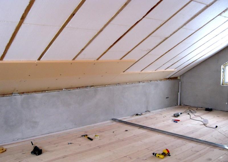 Утепление крыши дома пенопластом – технология монтажа
