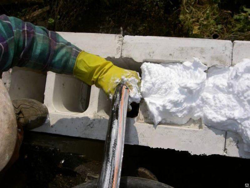 Жидкий пенопласт для утепления домов: характеристики, применение, правила использования жидкого пенопласта для утепления.