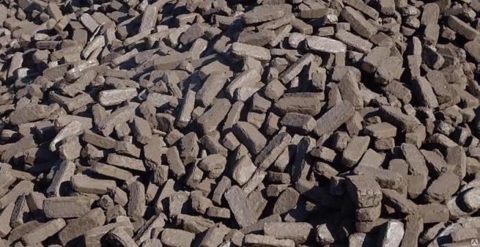 Торфяные брикеты: разновидности, преимущества и недостатки, правила использования для отопления