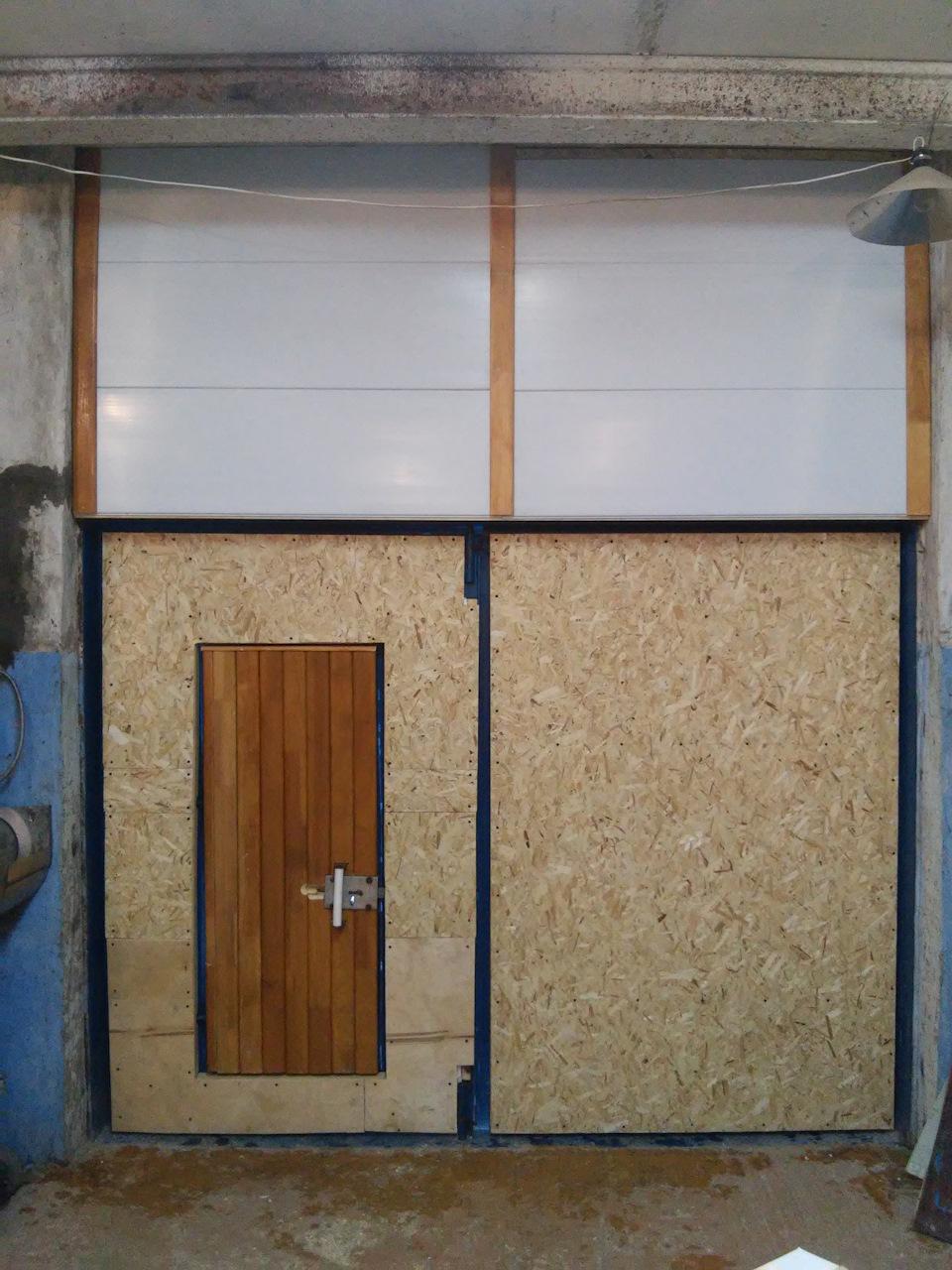 Нюансы утепления гаражных ворот