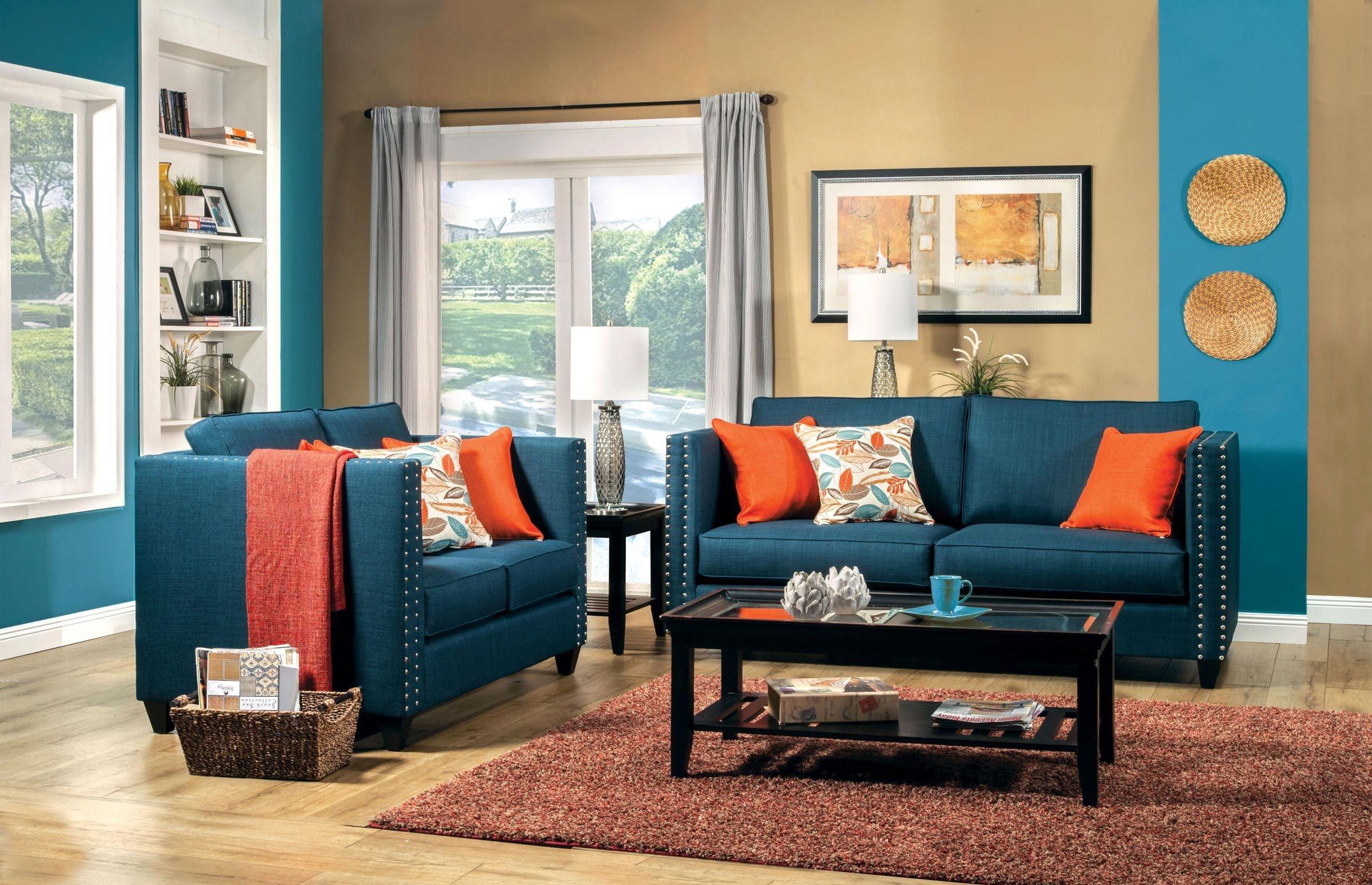 С какими цветами сочетается синий цвет в интерьере?