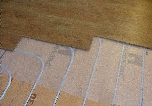 Можно ли на теплые полы класть ламинат: пошаговая инструкция монтажных работ