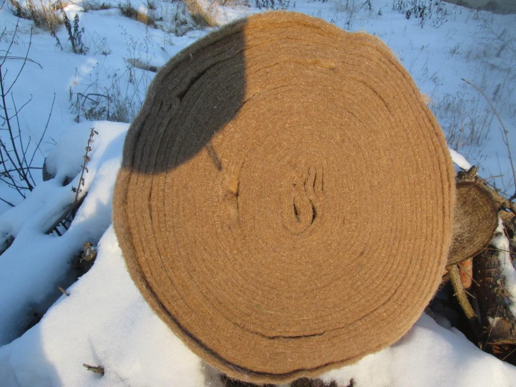 Межвенцовый утеплитель сруба мох и джут