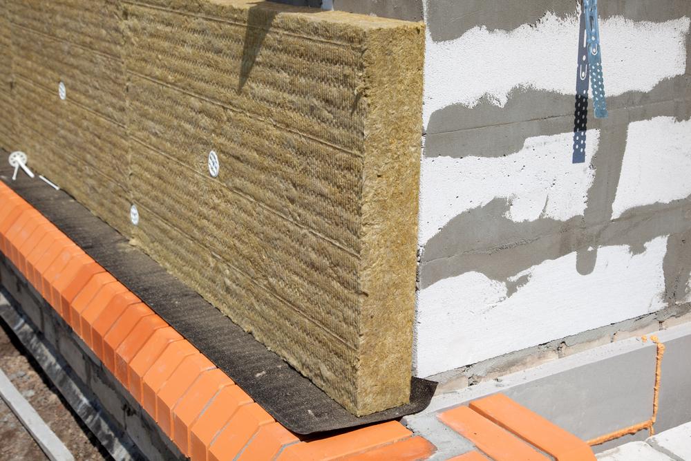 Утеплитель для стен дома снаружи: цена, виды, выбор, монтаж