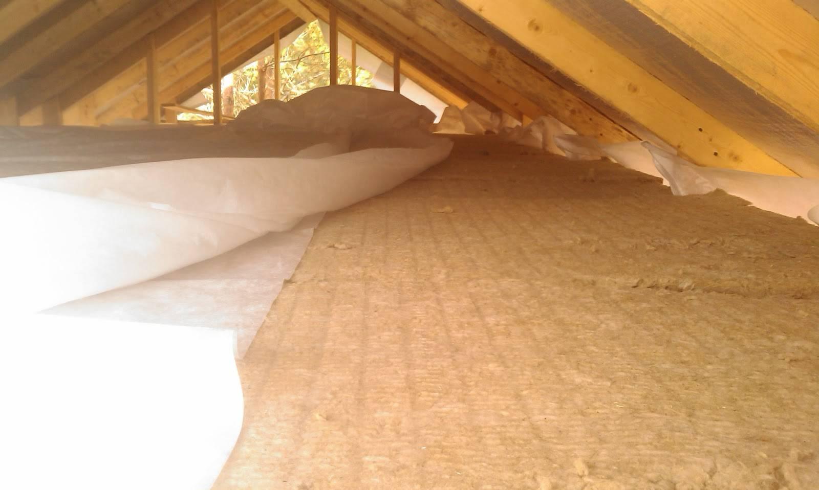 Утепление потолка своими руками со стороны чердака