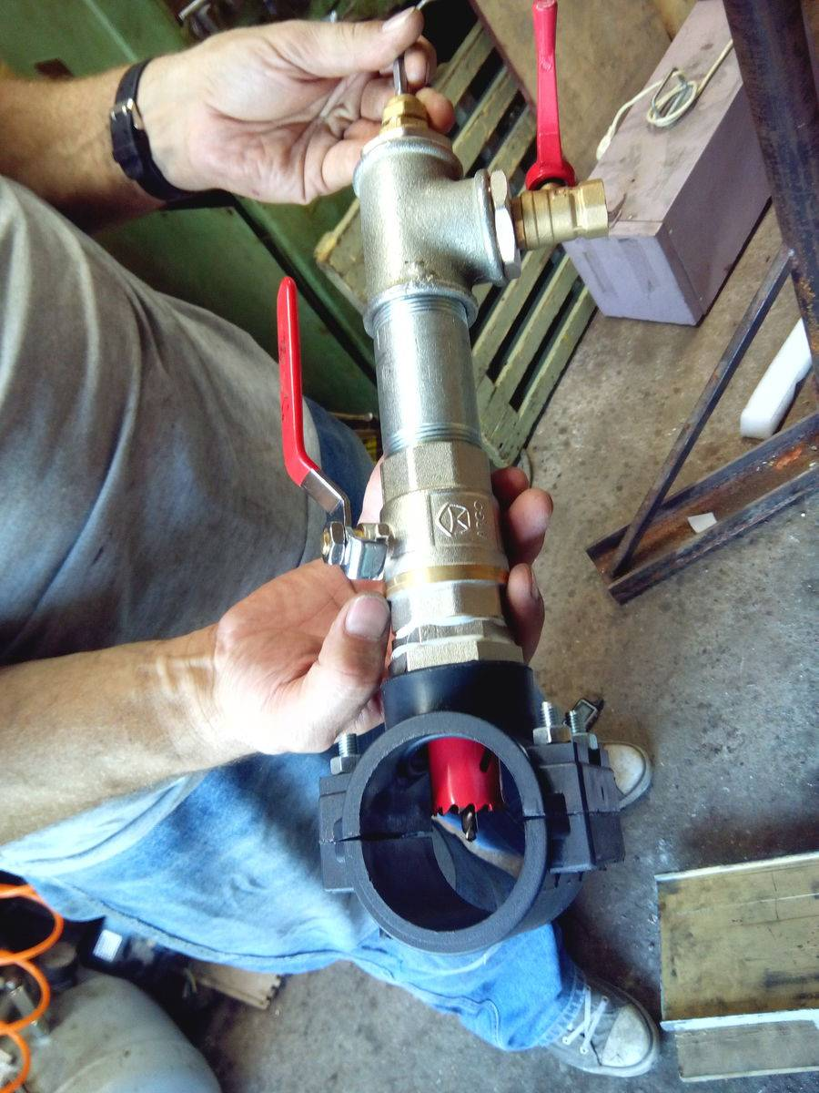 Врезка в пнд трубу: обжимной хомут, седелка на полипропиленовую трубу под давлением, сиделка, хомут для полиэтиленовых, пэ труб
