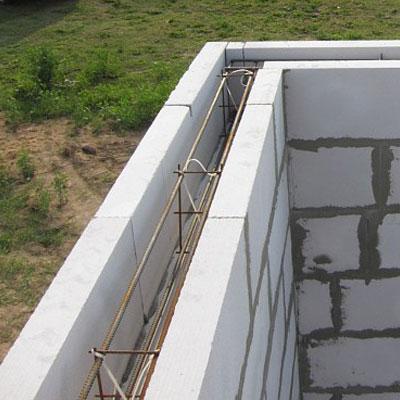 Как утеплить армопояс снаружи построенного дома и строящегося