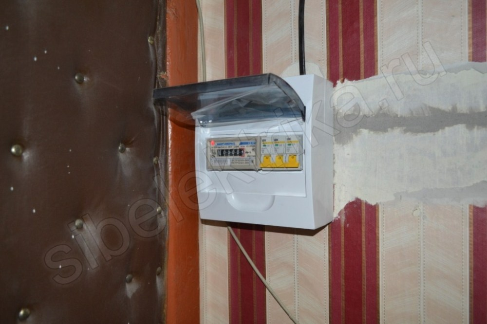 Можно ли перенести счетчик электроэнергии в квартиру: закон и причины переноса