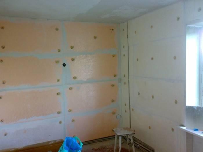 Утепление квартир (48 фото): как утеплить угловую холодную стену изнутри и снаружи, утеплитель для полов первого этажа