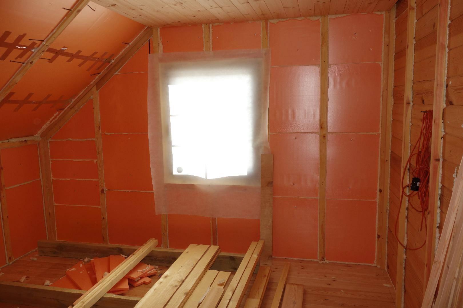 Утепление стен в деревянном доме изнутри: чем и как правильно произвести внутреннюю изоляцию