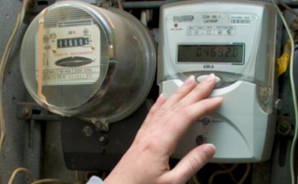 Правила замены электросчетчика — как и за чей счет