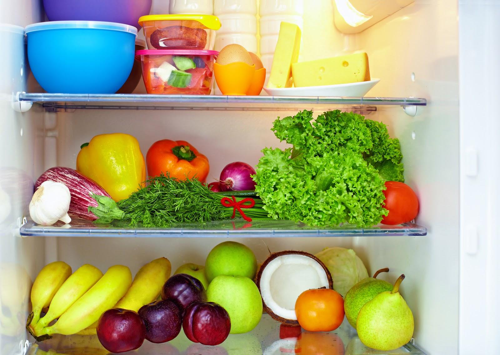 Почему нельзя выбрасывать еду: поверья, факты и полезные советы
