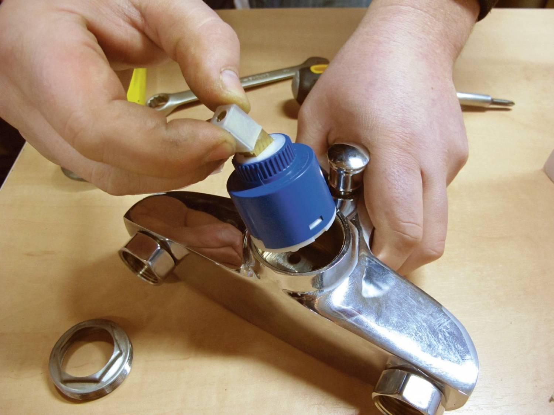Мелкий ремонт: замена картриджа в смесителе - подробная инструкция и видео урок