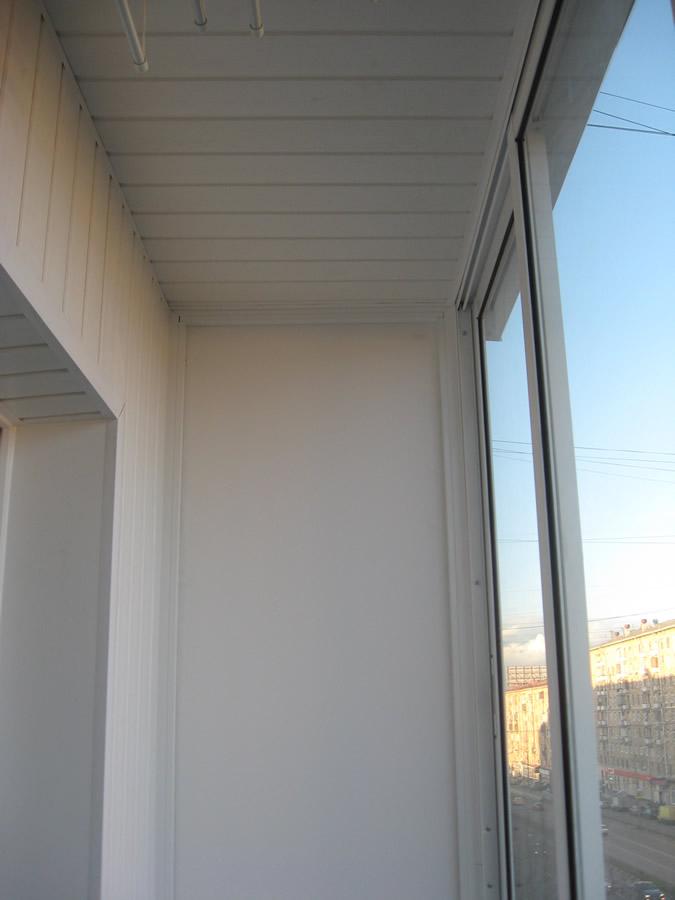 Утепление балкона сэндвич панелями: применение, нюансы и преимущества