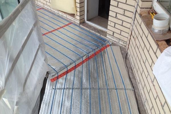 Укладка на балконе системы теплого пола своими руками