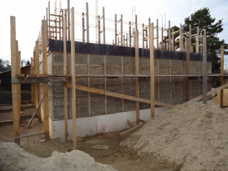 Вкратце о строительстве дома из арболита своими руками