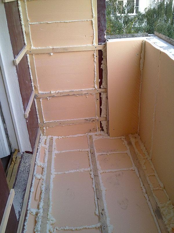 Чем лучше и правильно утеплить лоджию внутри: теплоизоляция стен, парапета