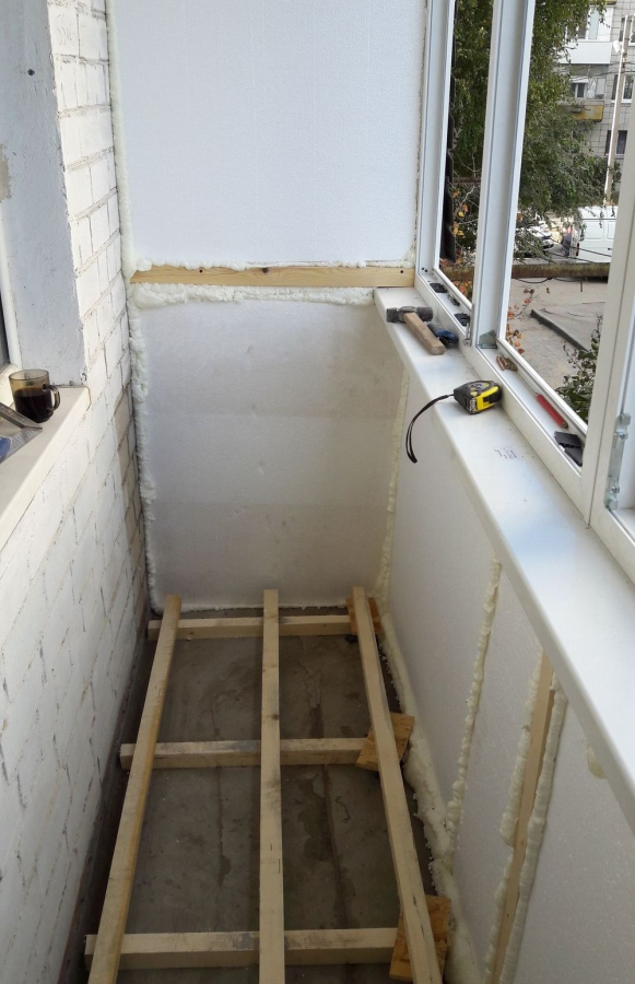 Ремонт балкона в хрущевке своими руками (фото и видео)