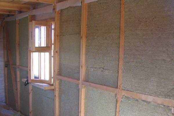 Как правильно утеплить бревенчатый дом изнутри и снаружи