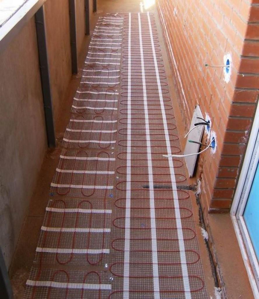 Теплый пол на балконе (лоджии) под ламинат, плитку - какой лучше?