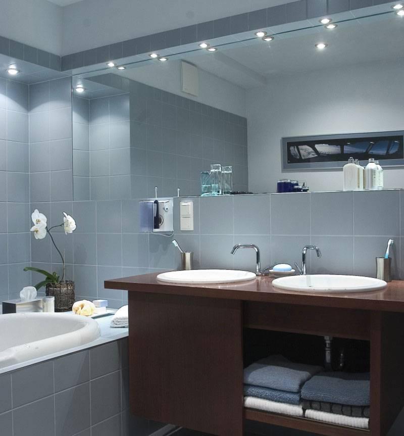 Освещение ванной комнаты своими руками