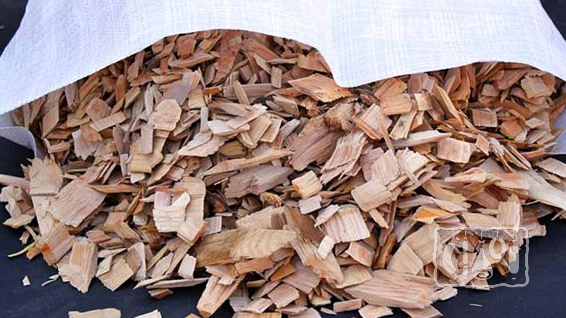 Выбор подходящей древесины для копчения сала