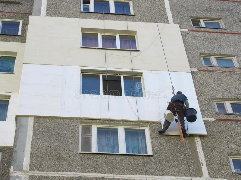 Утепление квартиры снаружи, как утеплить промерзающую угловую стену