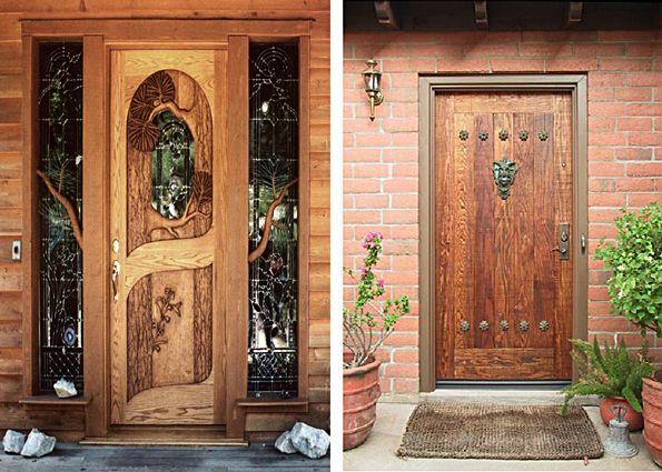 Входная дверь в деревянный дом: преимущества и недостатки