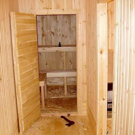 Как утеплить дверь в баню своими руками: технология работ