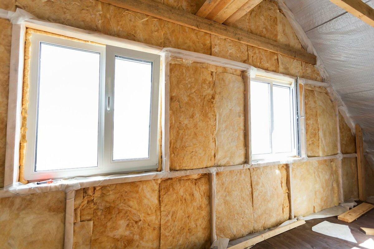 Как утеплить деревянный дом изнутри: технология монтажа своими руками