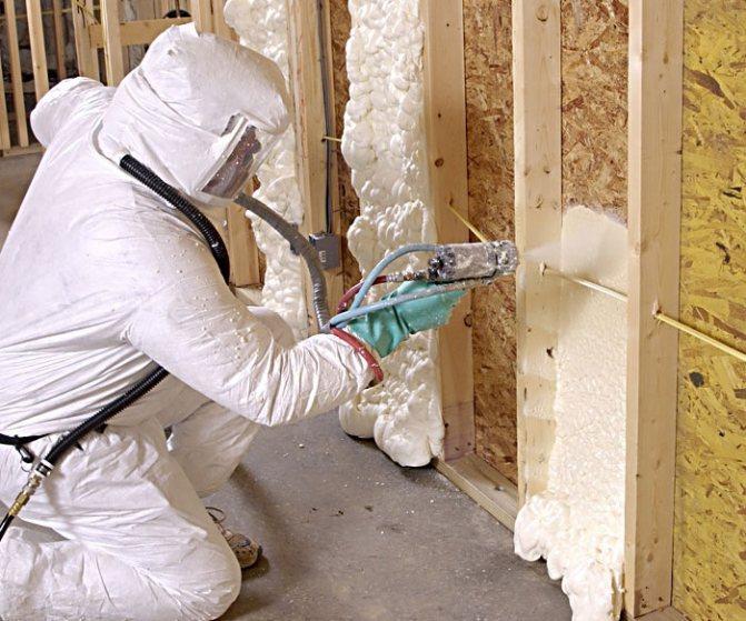 Жидкая теплоизоляция для стен изнутри и снаружи: технология утепления жидким пенопластом и виды напыляемых утеплителей
