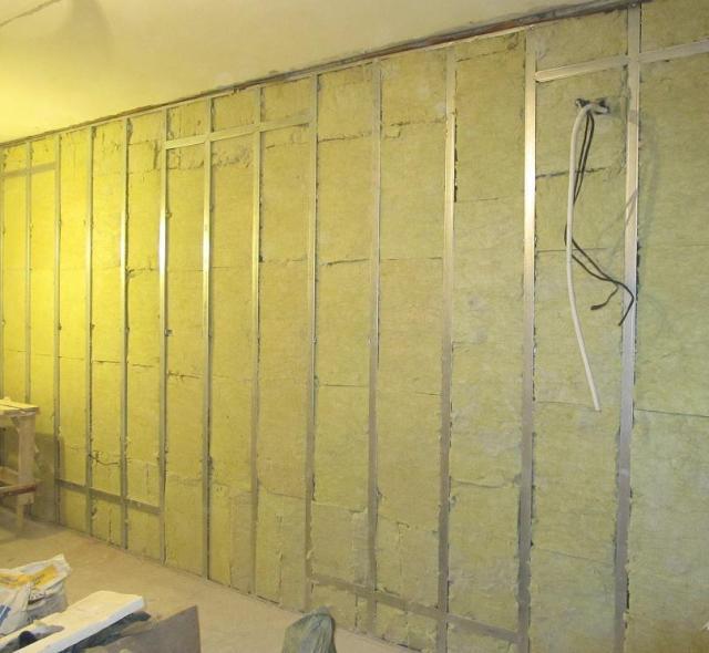Как звукоизолировать стены и межкомнатные перегородки - шумоизоляция из гипсокартона, расчет в частном доме и квартире